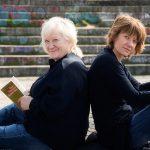 Carmen-Maja & Jennipher Antoni »Heiterkeit und Humor  lassen grüßen«